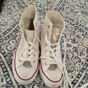 Converse White High Tops barely worn daughters